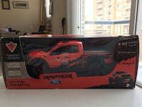 Canadian Tire 2017 Ford F-150 Raptor Limited Edition Collectible 1:24 Scale Truck