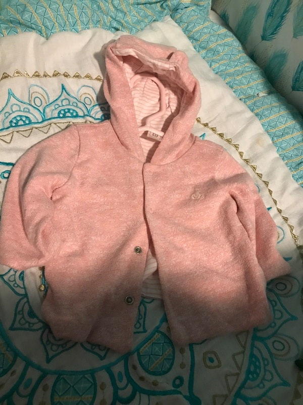 41abae9ab Used Pink button-up hoodie jacket for sale in New York - letgo