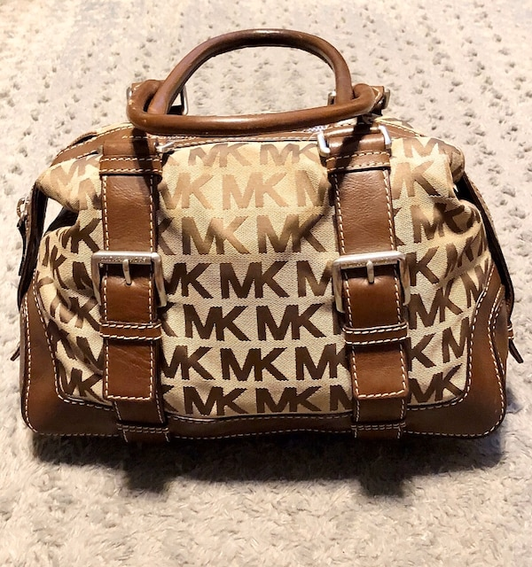 Michael Kors brookville bag Paid $348 Like new! Pristine condition  0