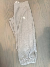 Adidas Grey Cropped Sweatpants (small) VANCOUVER