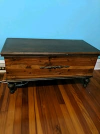 Lane cedar chest 232 km