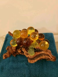 AMBER GLASS GRAPES Lynnfield, 01940
