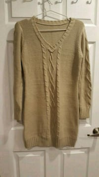 Ladies sweater size M  Milton, L9T 7A4