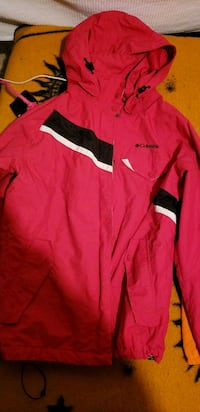 red and black Nike zip-up jacket 1963 km