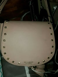 Pink leather shoulder bag  Las Vegas, 89120