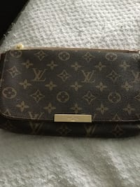 Louis Vuitton tote bag- brand new, never used  Toronto