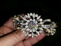 Hair clip , piece for any event  Mississauga, L5M 0A5