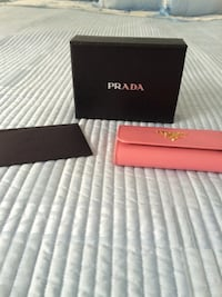 Prada Keycase. New in box Boston, 02109