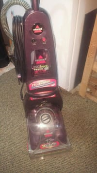 Bissell upright. Rug Steam cleaner East Gwillimbury, L9N 1H2