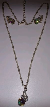 Brand new gorgeous necklace and earrings set Baltimore, 21206