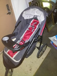 gray, red and black jogging stroller Washington, 20032