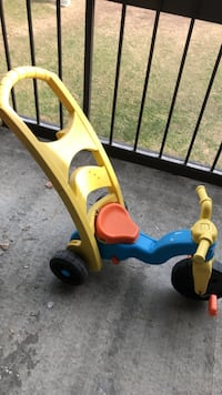 yellow blue and orange push trike Annandale, 22003