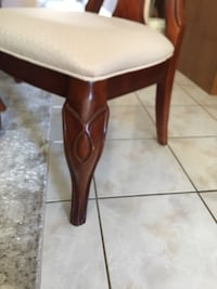 6 dining chairs Vaughan, L6A 3J3