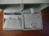 Dimond ear rings and anchor necklace 36 mi