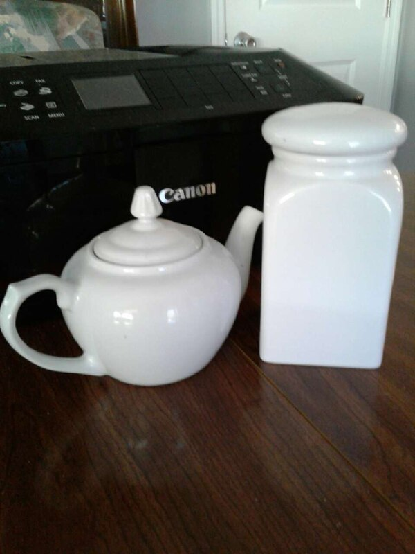 White teapot and canister