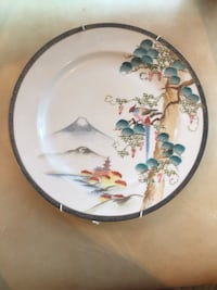 Chinese Export Porcelain Plates Beverly Hills, 90210