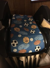 black and blue ball printed booster seat base Vancouver, V5R 5Z5