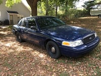 Ford - Crown Victoria - 2002 New Albany