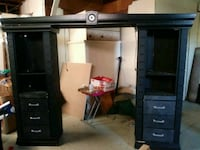 black wooden TV stand with flat screen television Blackshear, 31516