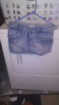 Jean mini skirt size Small Edmonton, T5B 2S1