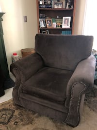 BARELY USED - 2017 Libre Earth Brown Klaussman Chair Schenectady, 12306