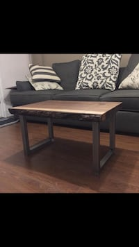 Live edge table  Toronto, M9W 3M9