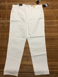 BRAND NEW! BNWT Style & Co white jeans - size 14 / large Toronto