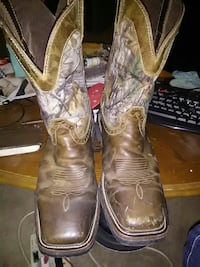 brown-and-green realtree camouflage square-toe cowboy boots