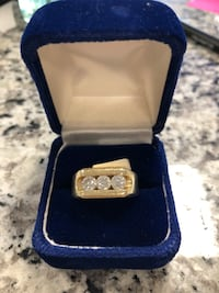 14k men's Ring with Diamonds 12.1g Size 9.5 #8045-1 Revere, 02151