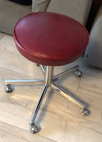 Adjustable Red Rolling Stool 3489 km
