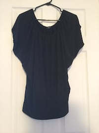 Ladies size small black top  Milton, L9T 2R1