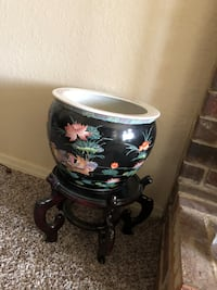 black, red, and blue, floral ceramic vase with stand Tulsa, 74133