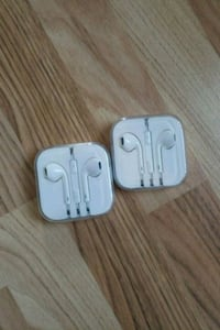 iPhone ear buds  540 km