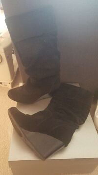 Black Wedge Boots Size 6.5