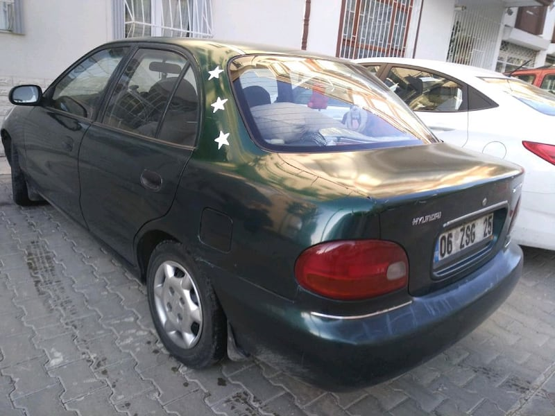 Hyundai Accent 1.5 GLS 1995 model 5