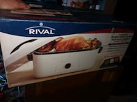 Rival 16 quart roaster oven with Buffet server