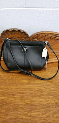 Cross body Coach Leather Purse