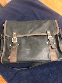 Levi's leather purse Winnipeg, R2G 0L9