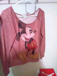 red and white Mickey Mouse print sweater Douglasville, 30135