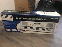 61 key electronic keyboard Mississauga, L5E 1L5