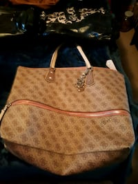 BRAND NEW guess large purse Edmonton, T5Y 0T9