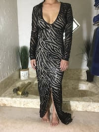 Size small black nude patterned long sleeve maxi dress with slit North Richland Hills, 76182