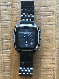 square black chronograph watch with link bracelet 3131 km