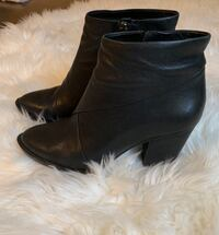 Vince Camuto leather booties size 8 Kitchener, N2A 0C5
