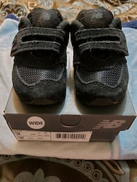 Infant 574 New Balance. Black Size 3 (Wide) Woodbridge, 22193