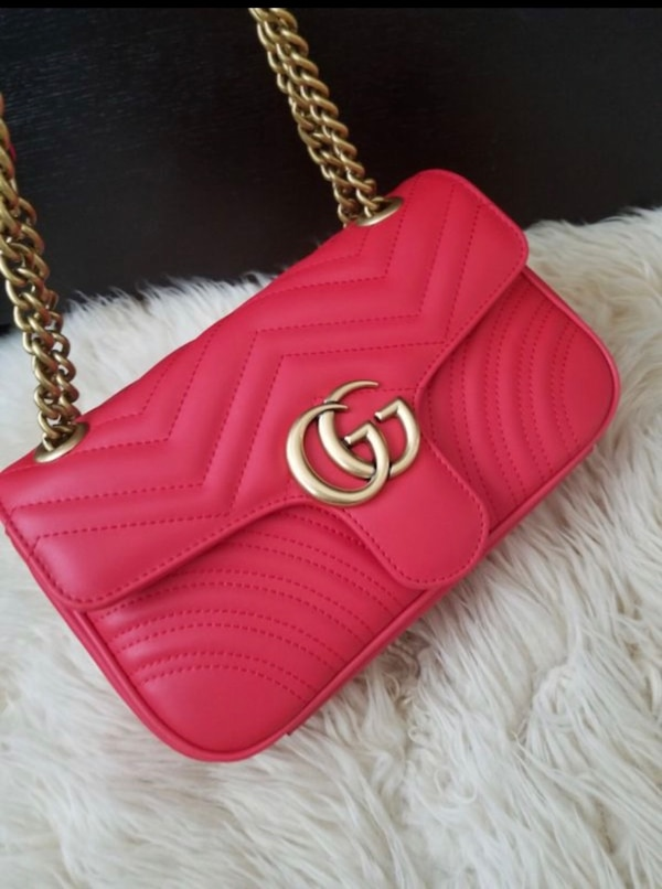 6501b9d0a5d Used women s red Gucci leather sling bag for sale in New York - letgo
