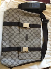 Black and gray gucci crossbody bag Vaughan, L6A 4C4