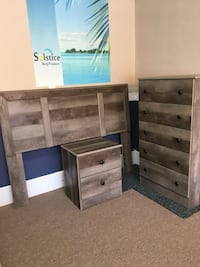 Gray oak finish bedroom set