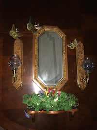 wall mirror with brown frame Weslaco, 78599