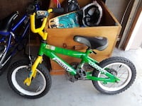green and yellow Hot Wheels bicycle 647 km